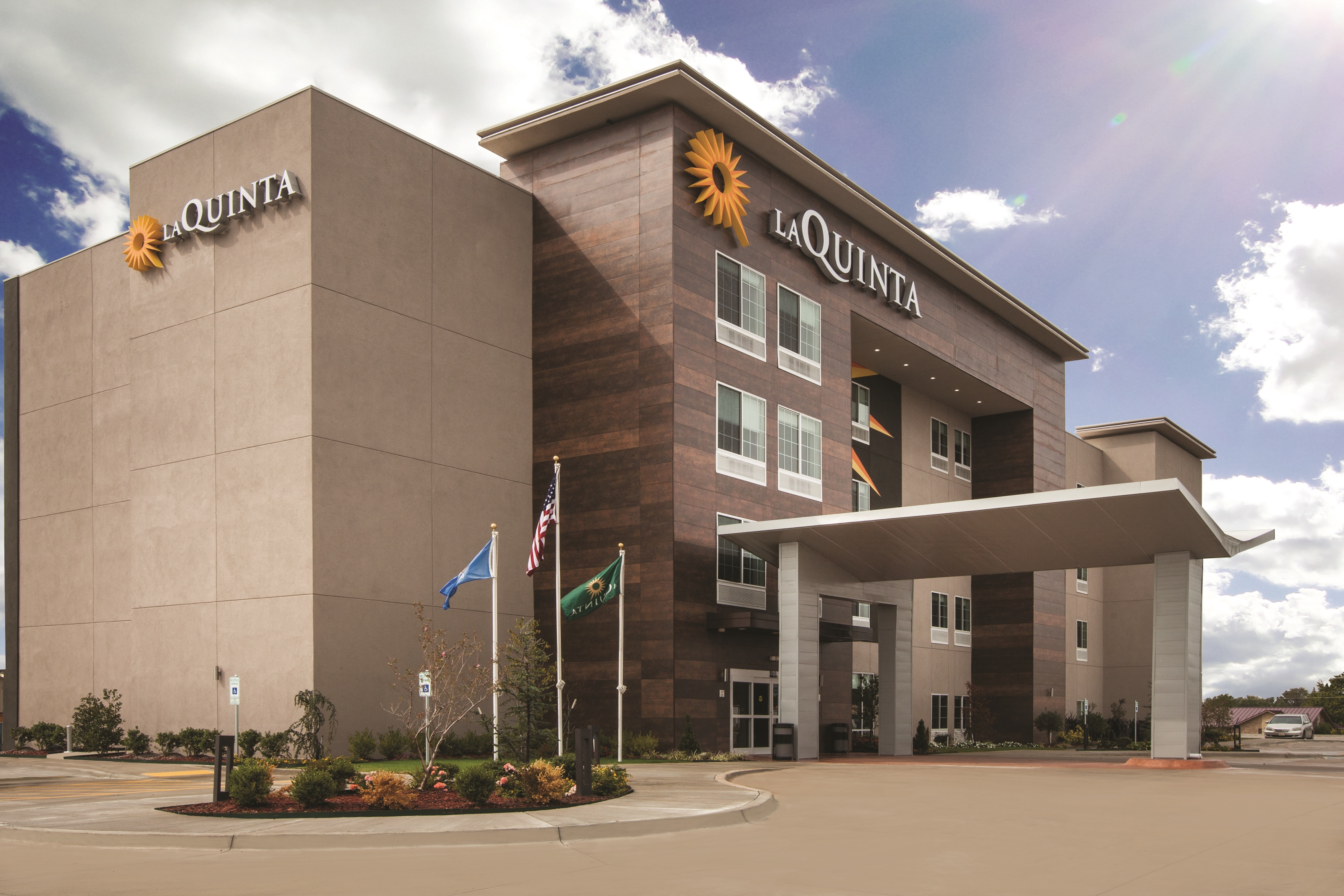 La Quinta By Wyndham Continues Momentum With Seven New